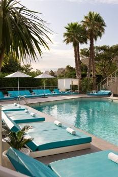 Outdoor pool of hotel Sofitel Marseille Vieux port