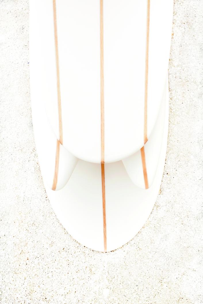 Surfs 'Bones' : sur une idée du Cabinet de Curiosité de Thomas Erber, développés grâce au mécénat de Cuisse de Grenouille. Shaper Guethary Surfboard © Claire Payen