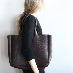 Gretel tote in Chocolate by Rennes