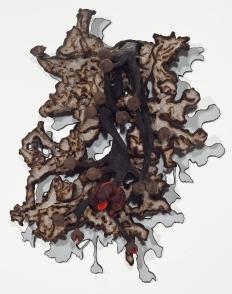 Galeria: Marcia Barrozo do Amaral Artista/artist: Frans Krajcberg Titulo/title: FK MBA, 2012 Técnica/Technique: Madeira pintada com pigmentos naturais e queimada a fogo Dimensões/dimensions: 1,75 X 1, 37 X 0,45m