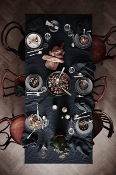 Design setting by Lotta Agaton