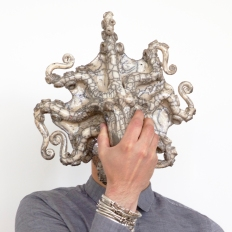 Octopus in raku entirely handmade by french ceramist RAZZANTI. copyright Christian Gleises.