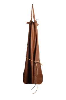 Leather apron by Malle W.Trousseau