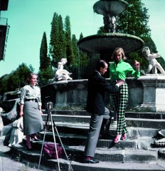 ca. 1964, Florence, Italy --- The Florentine fashion designer Emilio Pucci on a shoot with a model in Florence, Italy, ca. 1964. --- Image by © David Lees/CORBIS